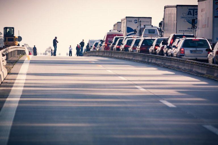 Co ma znaczenie przy zakupach samochodów poza granicami kraju?